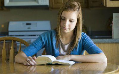 Perché la gente dovrebbe studiare la stessa scrittura più volte?